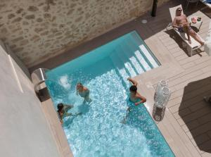 Guests staying at Forum Boutique Hotel & Spa - Adults Only