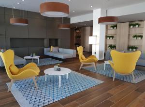 The lounge or bar area at Hotel Park Plava Laguna