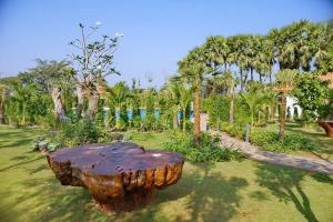 Jardín al aire libre en The Regency Hotel
