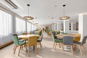 Een restaurant of ander eetgelegenheid bij THB Gran Playa - Adults Only