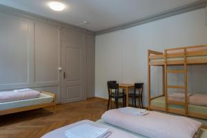 A bunk bed or bunk beds in a room at Schaffhausen Youth Hostel