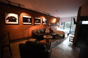 A seating area at Alfonsina Hotel Boutique