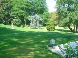A garden outside Château du Jard