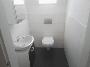 A bathroom at PK Pension