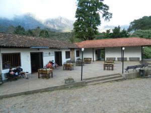 A restaurant or other place to eat at Santuário do Caraça