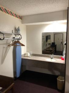 A bathroom at Rexdale Inn