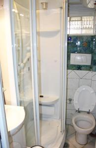 A bathroom at Exclusive Apartment in Glyfada Centre, 1' to Beach