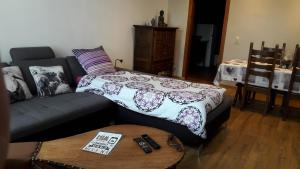 A bed or beds in a room at Casa Andres