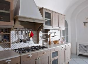 A kitchen or kitchenette at Hotel Quisisana