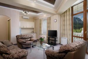 A seating area at SPA Hotel Rafael