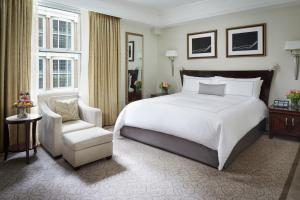 Letto o letti in una camera di The Peninsula New York
