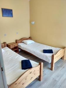 A bed or beds in a room at Durbes Atvari