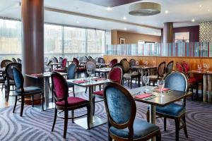 A restaurant or other place to eat at Jurys Inn Newcastle Quayside