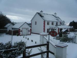 Heeneys Lodge B&B during the winter