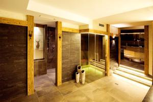 Ein Badezimmer in der Unterkunft Hotel Birkenhof
