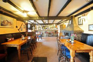 A restaurant or other place to eat at The West Country Inn