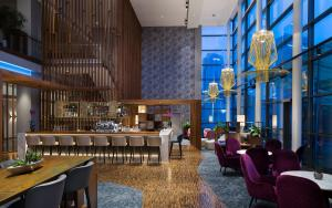 A restaurant or other place to eat at Radisson Blu Hotel Lietuva