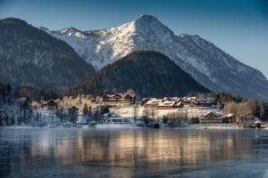 MONDI Hotel am Grundlsee im Winter