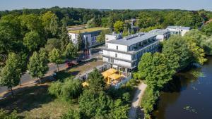 A bird's-eye view of Seminaris Hotel Potsdam Griebnitzsee