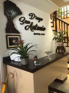 El vestíbulo o zona de recepción de Hotel Drago San Antonio