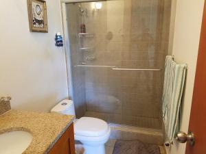 A bathroom at San Juan Condominium