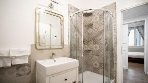 Bagno di La Piazzetta Rooms