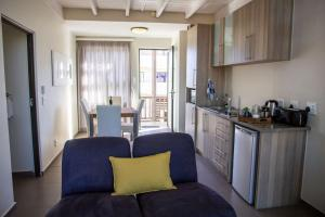 A kitchen or kitchenette at Desert Sands Boutique B&B | Self-Catering