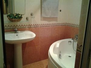 Um banheiro em Metro SAHIL 2