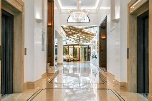 The lobby or reception area at Hotel Le Premier