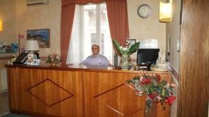 The lobby or reception area at Hotel Gresi