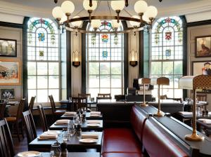 A restaurant or other place to eat at University Arms, Autograph Collection