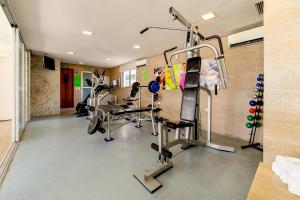 The fitness centre and/or fitness facilities at Kastel Manibu Recife Hotel
