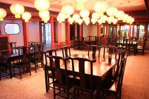 Ресторан / где поесть в Hotel Vostochnaya Aziya Etnomir