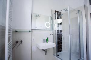 Ein Badezimmer in der Unterkunft Auwald Apartment