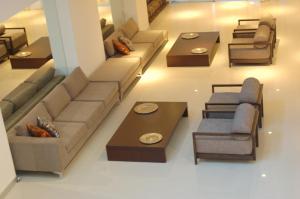 A seating area at Hotel de la Cité
