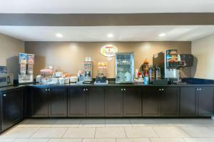 A restaurant or other place to eat at Super 8 by Wyndham Springfield East