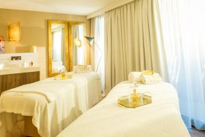 Spa and/or other wellness facilities at Villa Duflot Hôtel & Spa Perpignan