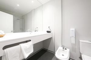 A bathroom at Hotel Loiola