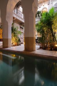 Piscine de l'établissement Riad Tzarra ou située à proximité