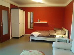 A bed or beds in a room at Oerlihome
