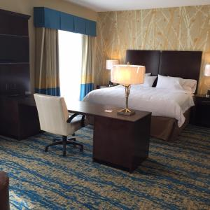 A bed or beds in a room at Hampton Inn & Suites Stroudsburg Bartonsville Poconos