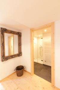 Ein Badezimmer in der Unterkunft Hotel Posta