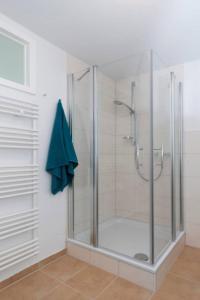 Ein Badezimmer in der Unterkunft Bergblick Appartement - Odenwald pur!