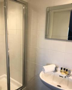 A bathroom at The Grey Walls