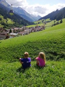 Children staying at Hotel Pension Alpengruß