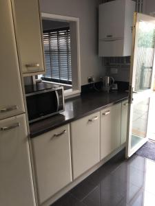 A kitchen or kitchenette at Fairview