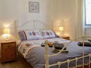 A bed or beds in a room at Number 30