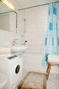 Ein Badezimmer in der Unterkunft app-anna