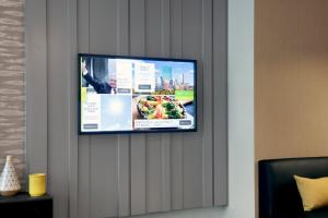A television and/or entertainment center at Courtyard Boston Downtown/North Station