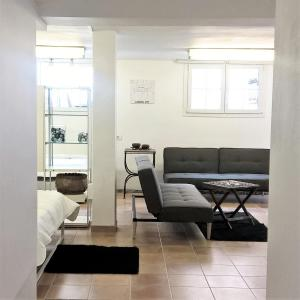 A seating area at Apartamento * Estudio Orobanca